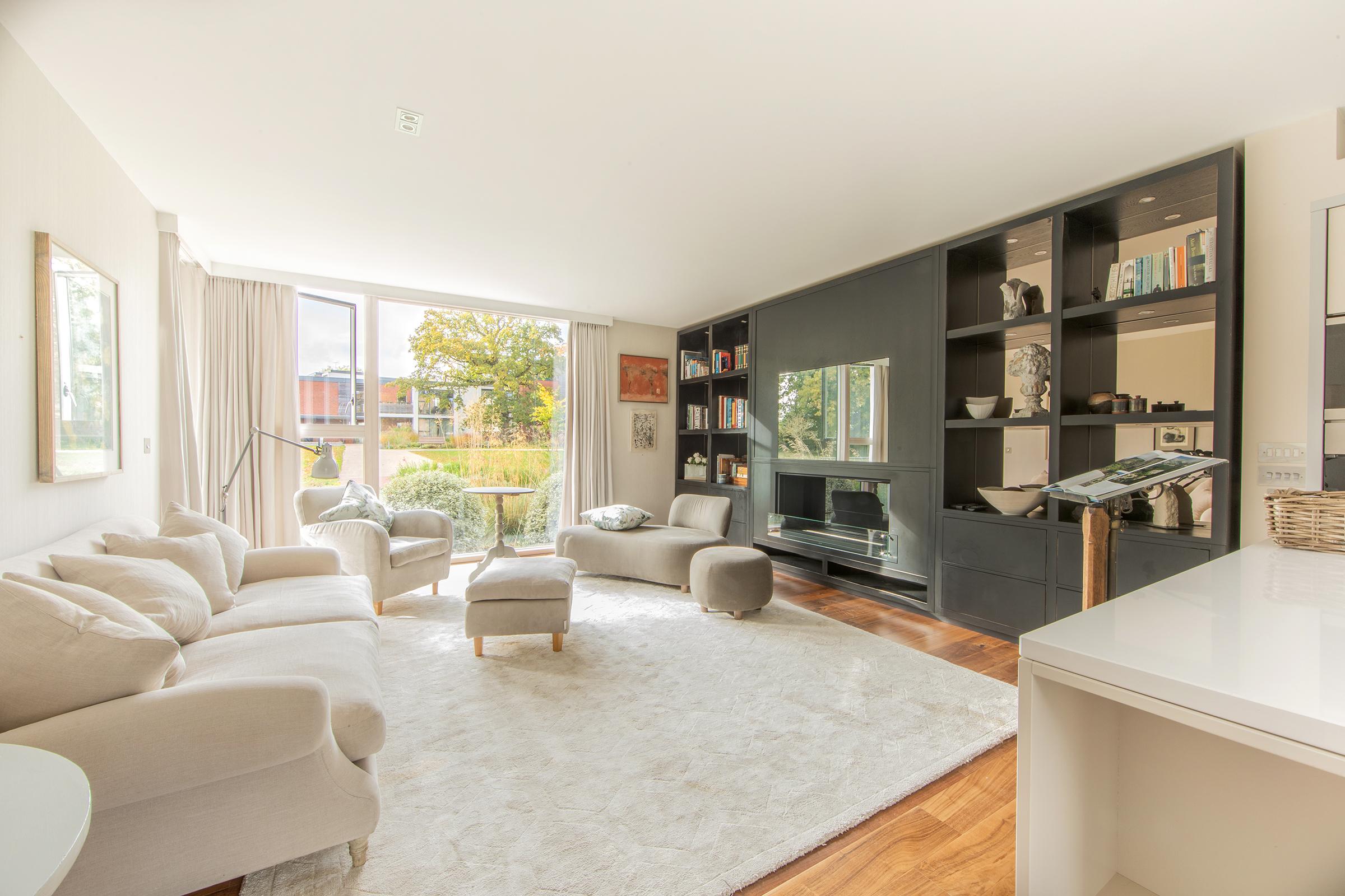 38 Rowan Lane – Two Bedroom Apartment
